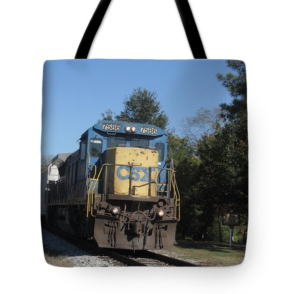 Tote Bag featuring the photograph Coming Down The Track by Donna Brown