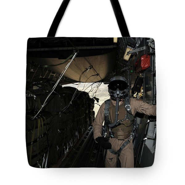 Container Delivery System Bundles Exit Tote Bag by Stocktrek Images