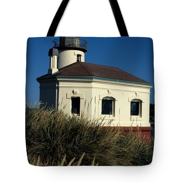 Tote Bag featuring the photograph Coquille Light by Sharon Elliott