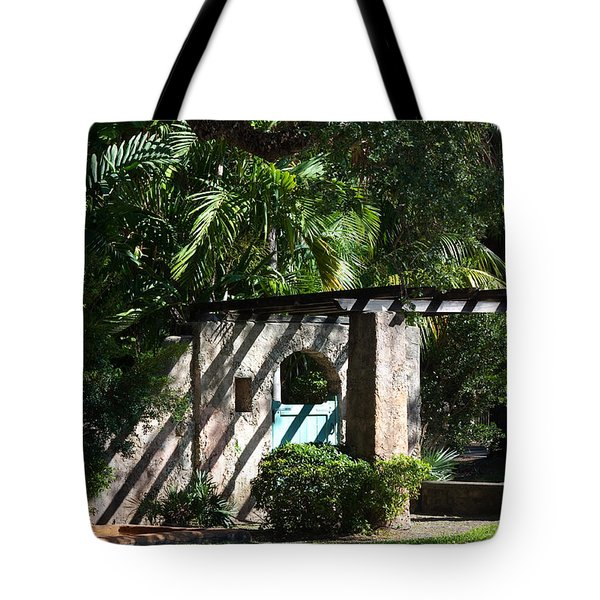 Tote Bag featuring the photograph Coral Gables Gate by Ed Gleichman