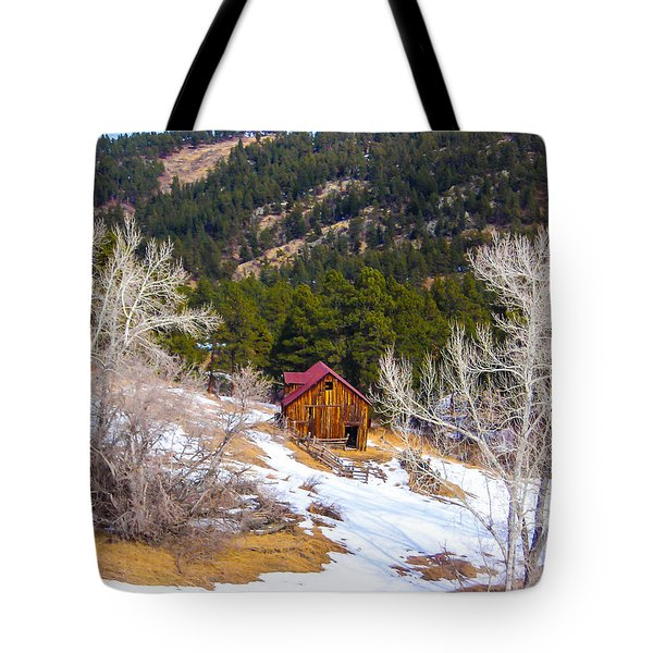 Tote Bag featuring the photograph Country Barn by Shannon Harrington