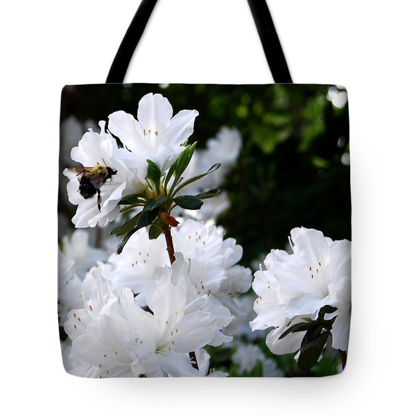 Covered In Pollen A Bee At Work Tote Bag