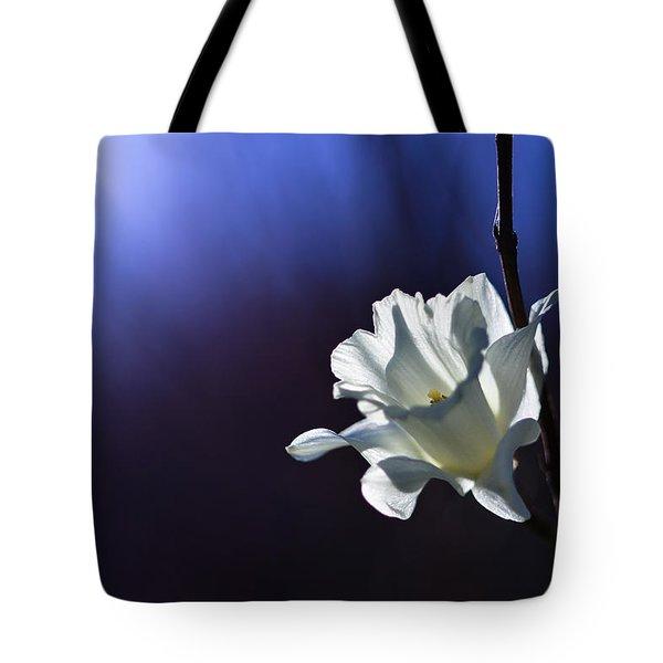 Daffodil Light Tote Bag