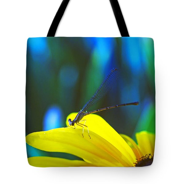 Daisy And Dragonfly Tote Bag