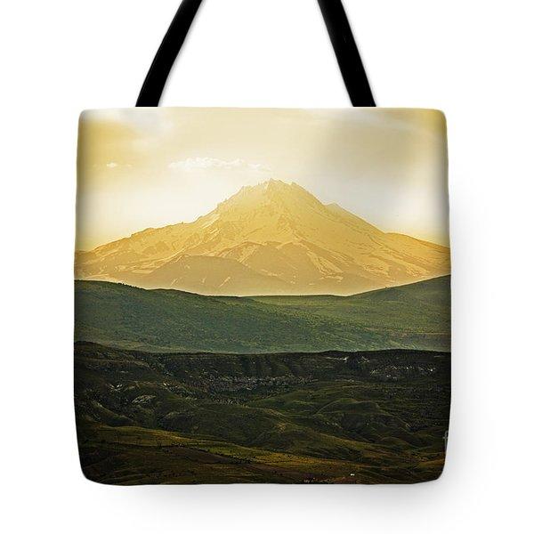 Daybreak Tote Bag by Andrew Paranavitana