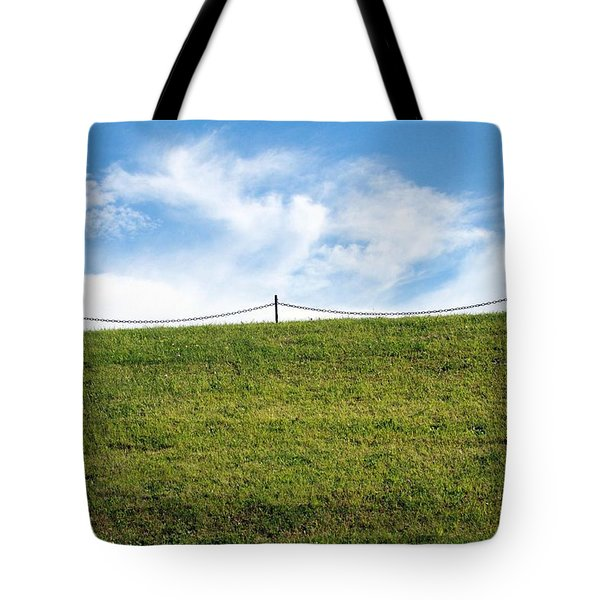 Daydreams- Nature Photograph Tote Bag by Linda Woods