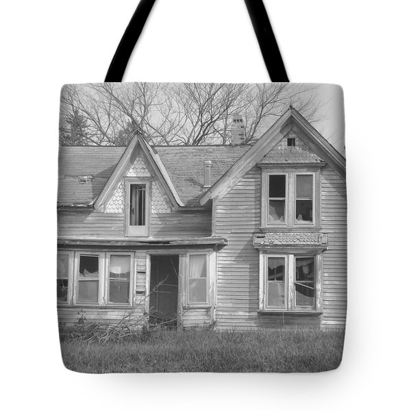 Defiance B/w Tote Bag