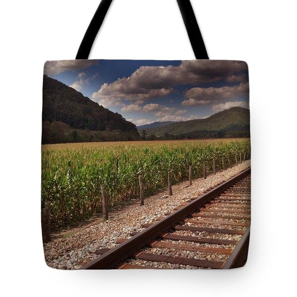 Del Rio Tennessee Tote Bag by Janice Spivey