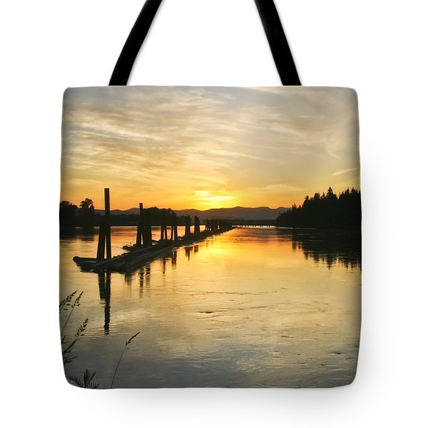 Delta Sunset Tote Bag by Albert Seger