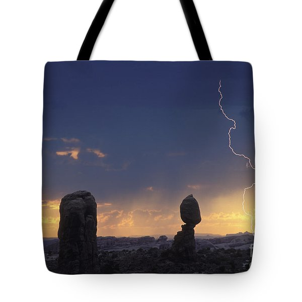Desert Storm - Fs000484 Tote Bag by Daniel Dempster
