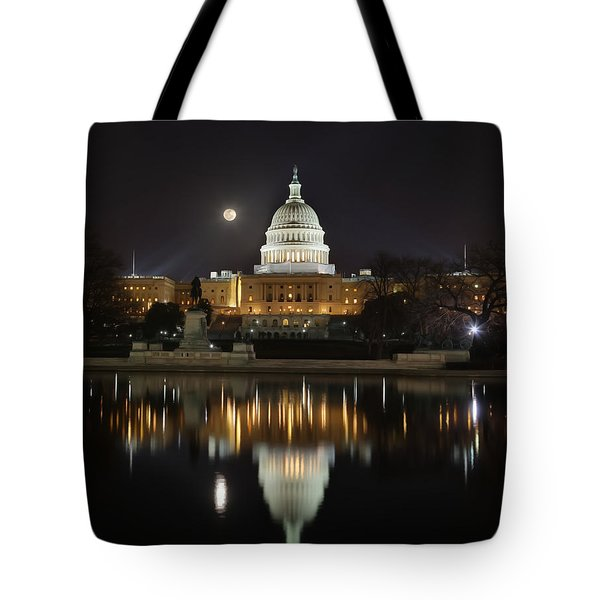 Digital Liquid - Full Moon At The Us Capitol Tote Bag
