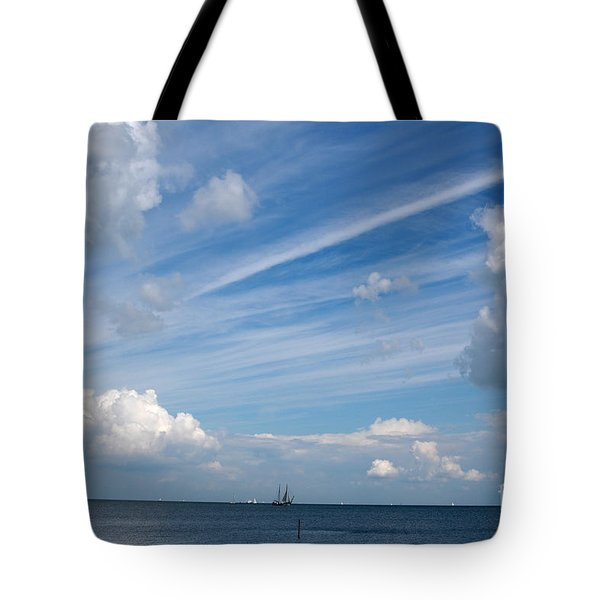 Tote Bag featuring the photograph Drama In The Sky by Vilas Malankar