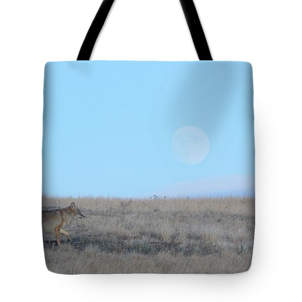 Early Hunt Tote Bag