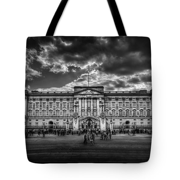 Eclipse My Heart. Crown Me Queen. Tote Bag