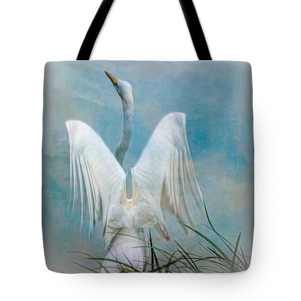 Egret Preparing To Launch Tote Bag