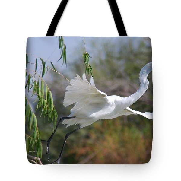 Tote Bag featuring the photograph Egret's Flight by Tam Ryan