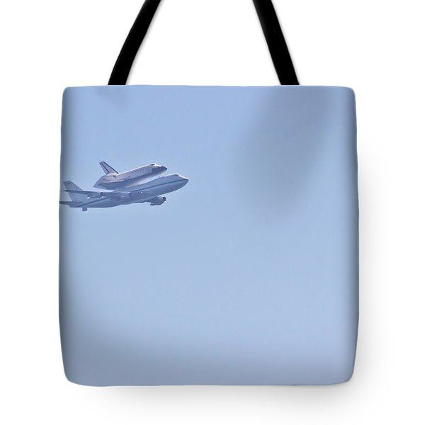 Endeavour Flyover Tote Bag by Heidi Smith