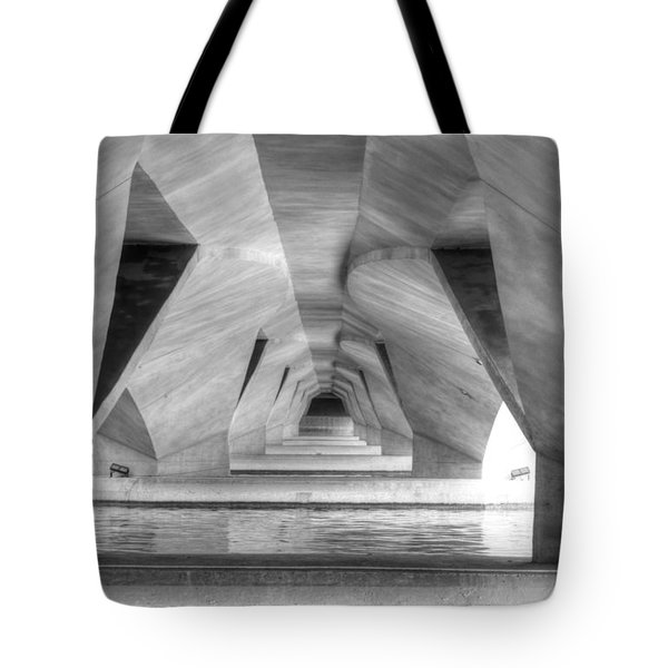 Esplanade Bridge Singapore Bw Tote Bag