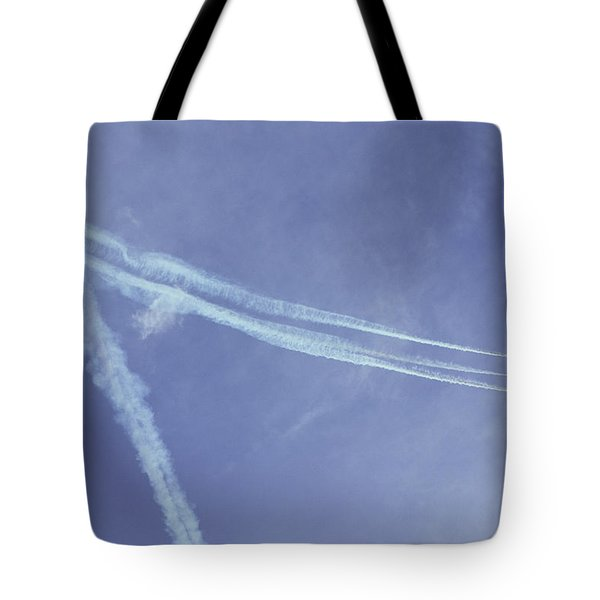 F16s In Formation Tote Bag