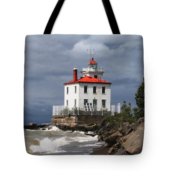 Fairport Harbor West Breakwater Lighthouse Tote Bag