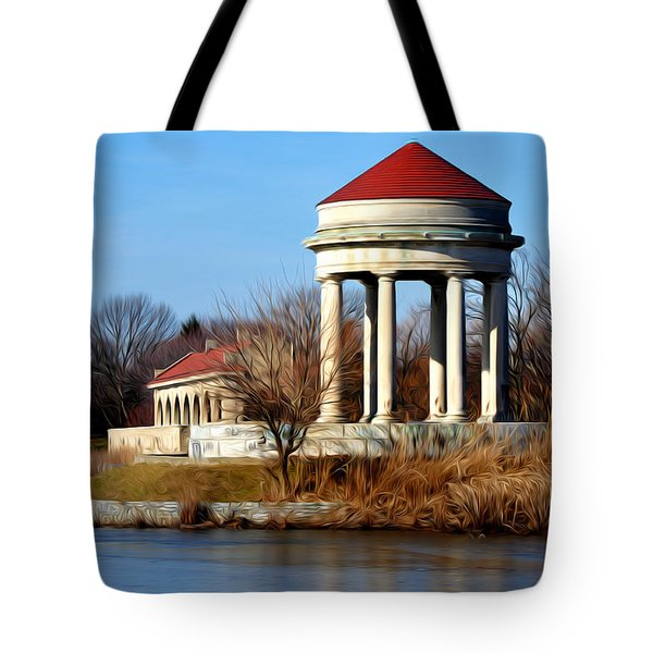 Fdr Park Gazebo And Boathouse Tote Bag by Bill Cannon