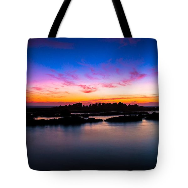 Figures To Sunset Tote Bag