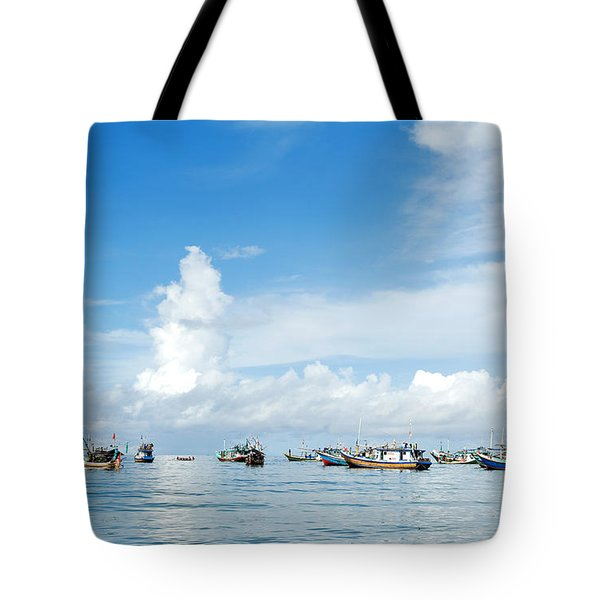 Tote Bag featuring the photograph Fishing Boat by Yew Kwang
