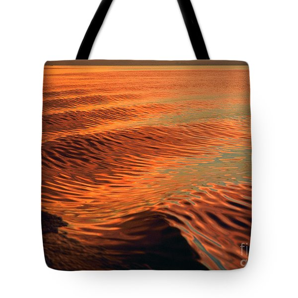 Tote Bag featuring the photograph Florida Bay by Doug Herr