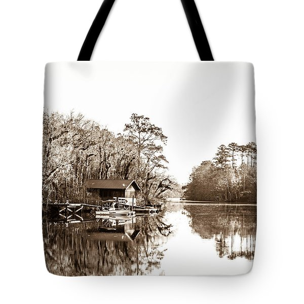 Tote Bag featuring the photograph Florida by Shannon Harrington