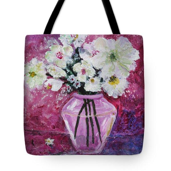 Flowers In A Magenta Room Tote Bag by Marilyn Woods
