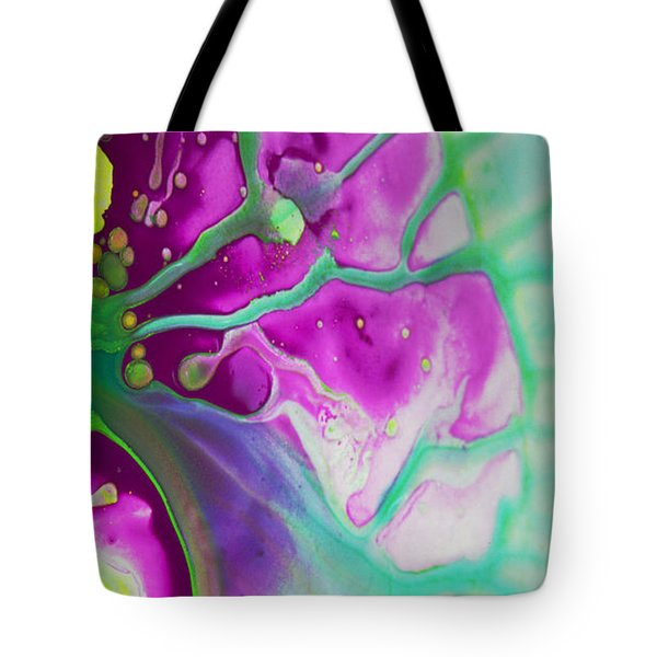 Fluidism Aspect 524 Photography Tote Bag by Robert Kernodle