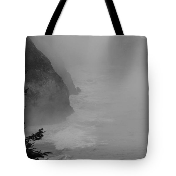 Fog And Cliffs Of The Oregon Coast Tote Bag by Mick Anderson