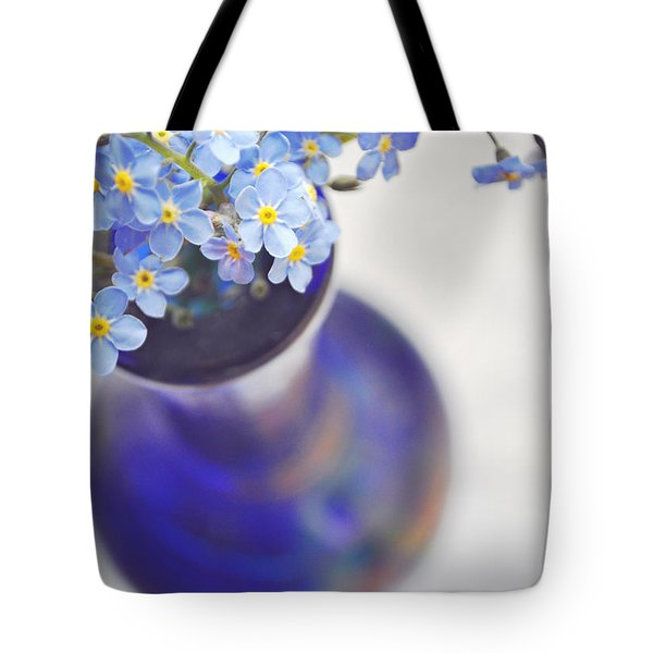 Forget Me Nots In Deep Blue Vase Tote Bag by Lyn Randle