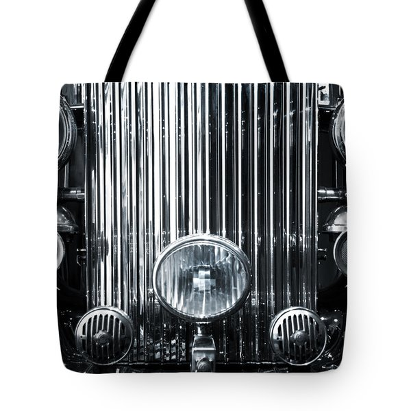 Front Grid Tote Bag by Carlos Caetano