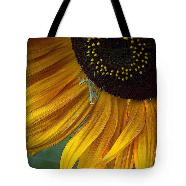 Garden's Friend Tote Bag