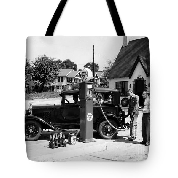 Gas Station Tote Bag by Photo Researchers