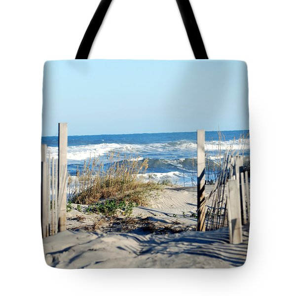 Tote Bag featuring the photograph Gateway To The Sea by Linda Cox