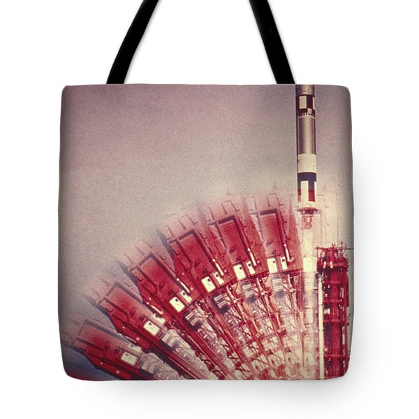 Gemini 10 Launch Tote Bag by Science Source