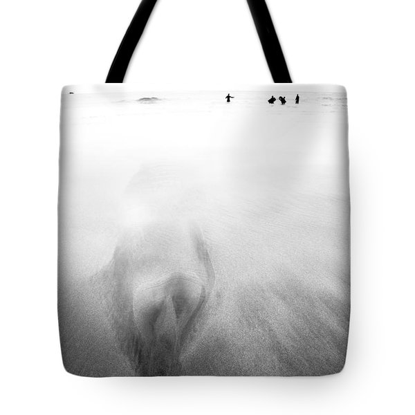 Getting Wet Tote Bag by Dorit Fuhg
