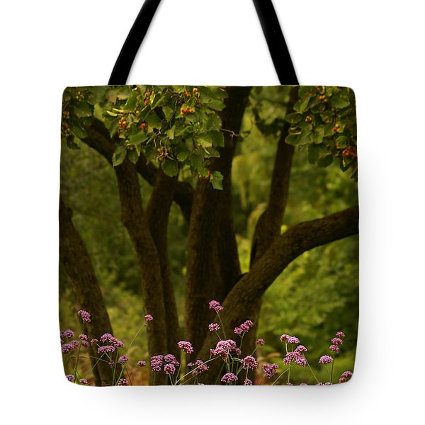 Give Life A Chance - V02 Tote Bag by Aimelle
