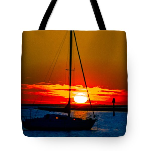 Tote Bag featuring the photograph Good Night by Shannon Harrington