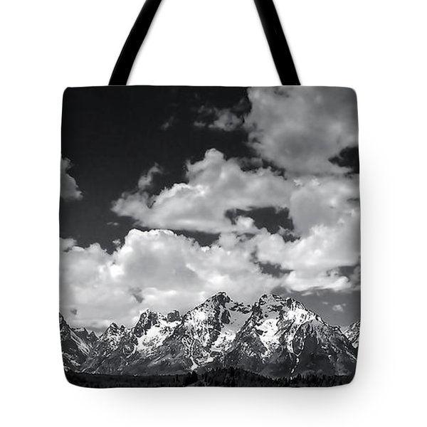Grand Tetons Panorama In Monochrome Tote Bag