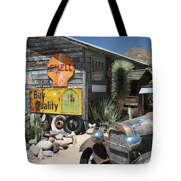 Hackberry Signs   Arizona Route 66 Tote Bag