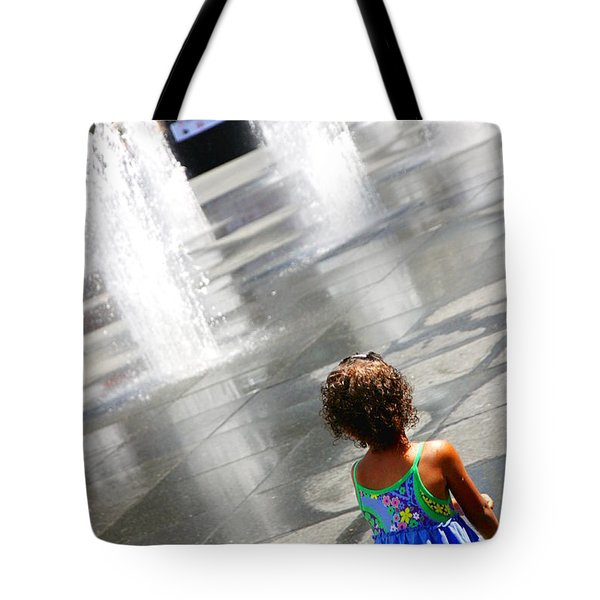 Heart Of The City Tote Bag by Valentino Visentini
