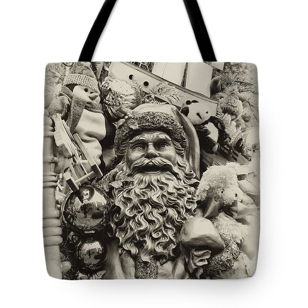Here Comes Santa Claus Tote Bag by Bill Cannon