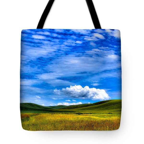 Hills Of Wheat In The Palouse Tote Bag by David Patterson