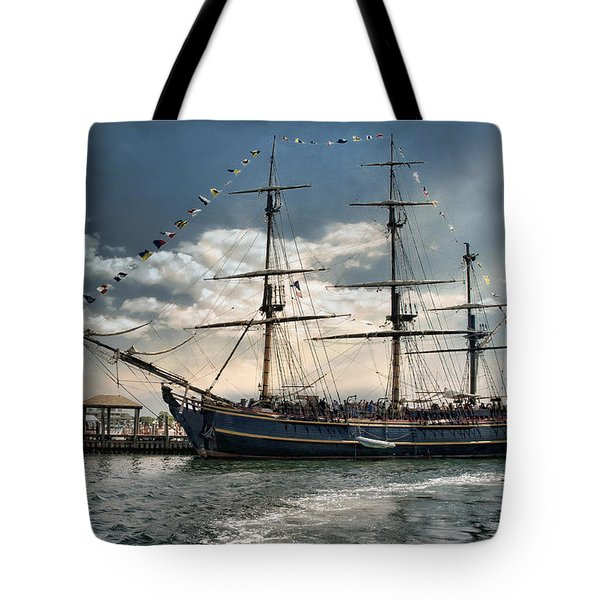 Hms Bounty Newport Tote Bag
