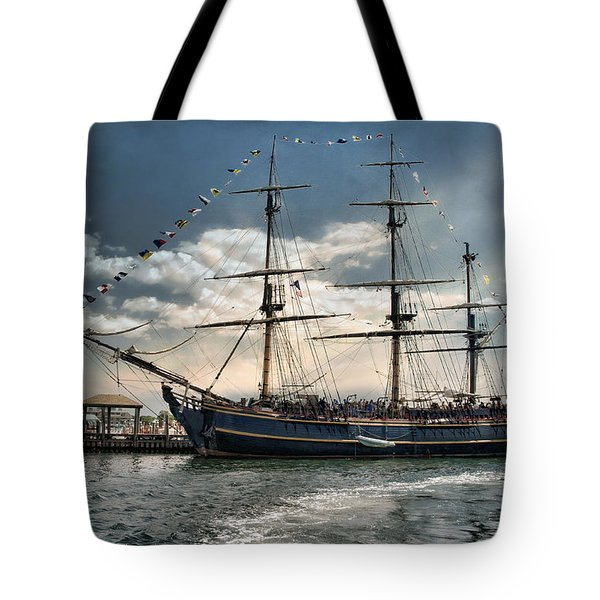 Hms Bounty Newport Tote Bag