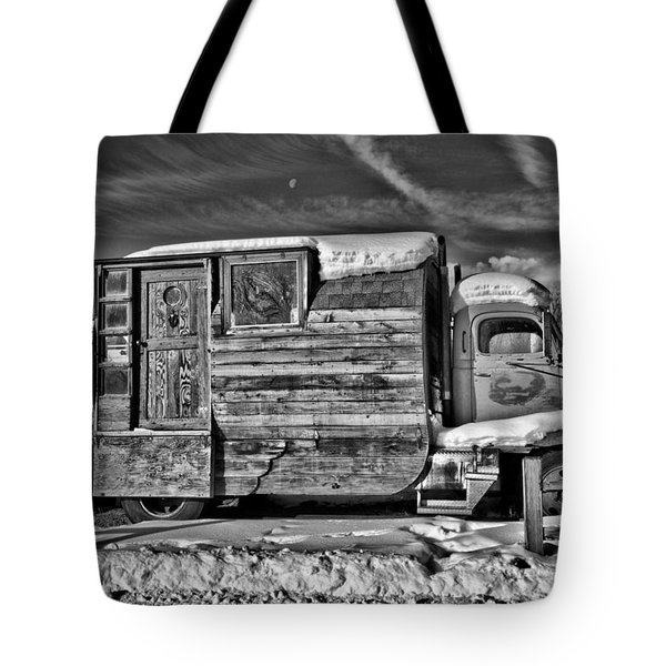 Home On Wheels - Bw Tote Bag by Christopher Holmes