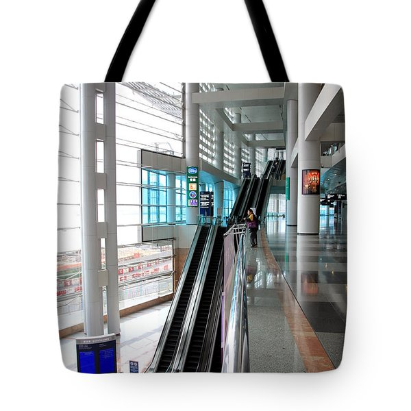 Hong Kong Convention And Exhibition Centre Tote Bag